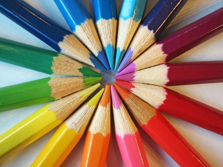 Crayons de toutes les couleurs